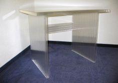 Plexiglas-2